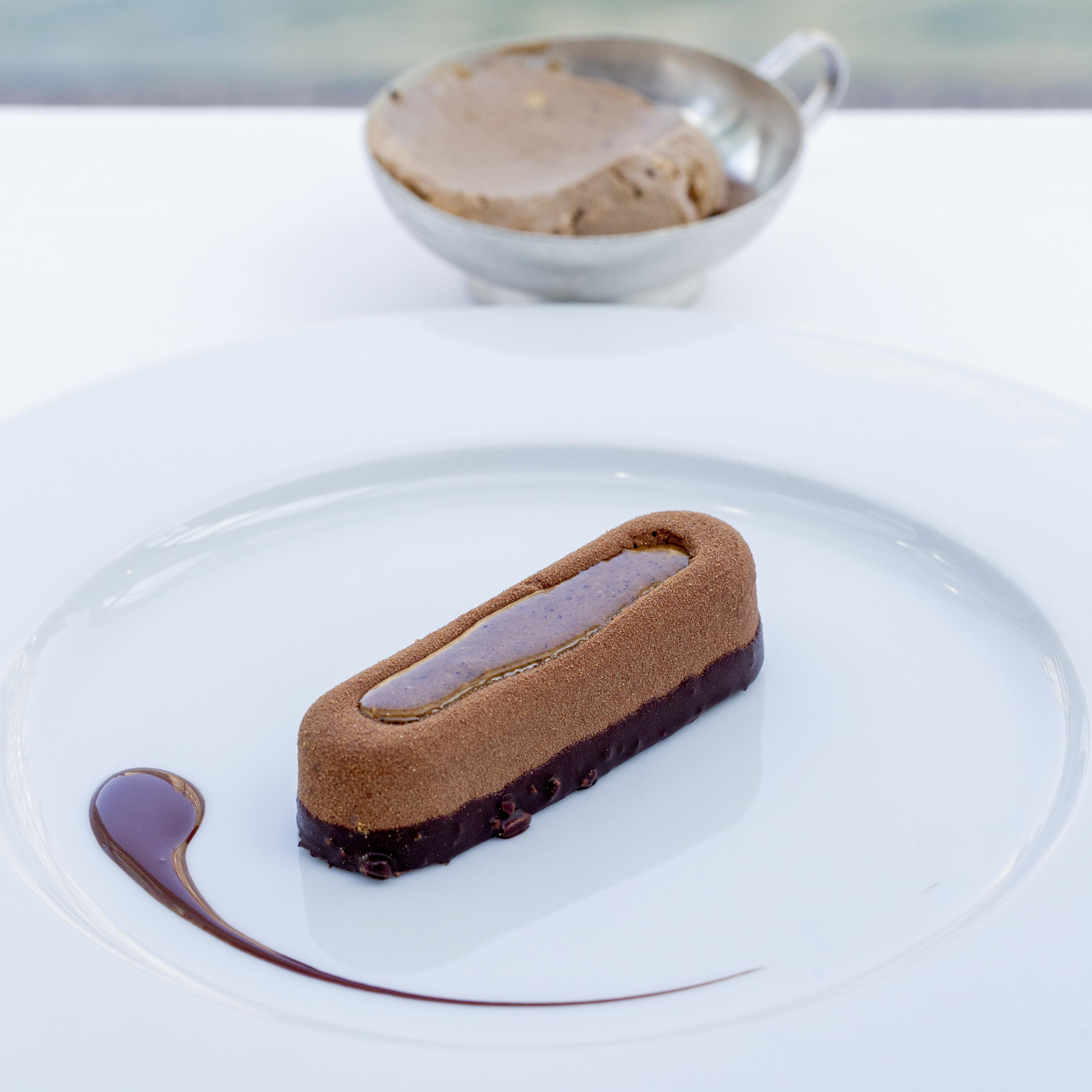 Paris tout chocolat au croustillant de pralin ©pmonetta 8997 low res