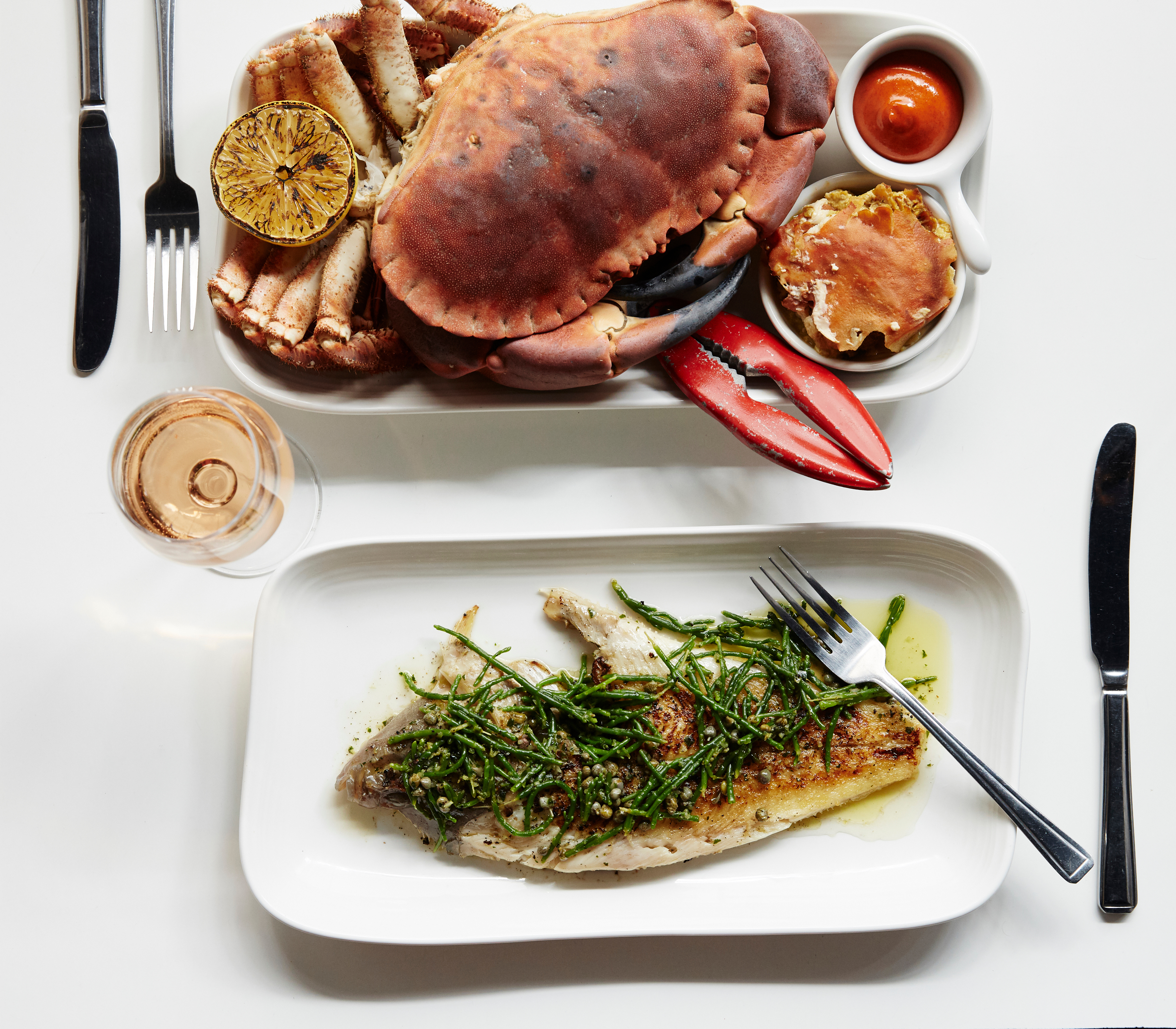 Photo (credit Greg Funnell) 3 whole Devon brown crab and whole Brixham plaice