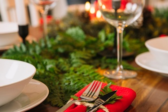 decoration for christmas dinner with wine glass 23 2147716260