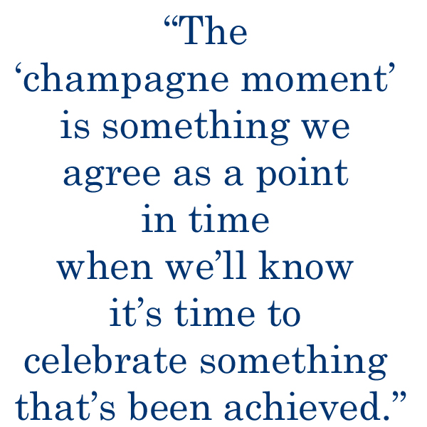 champagne moment1