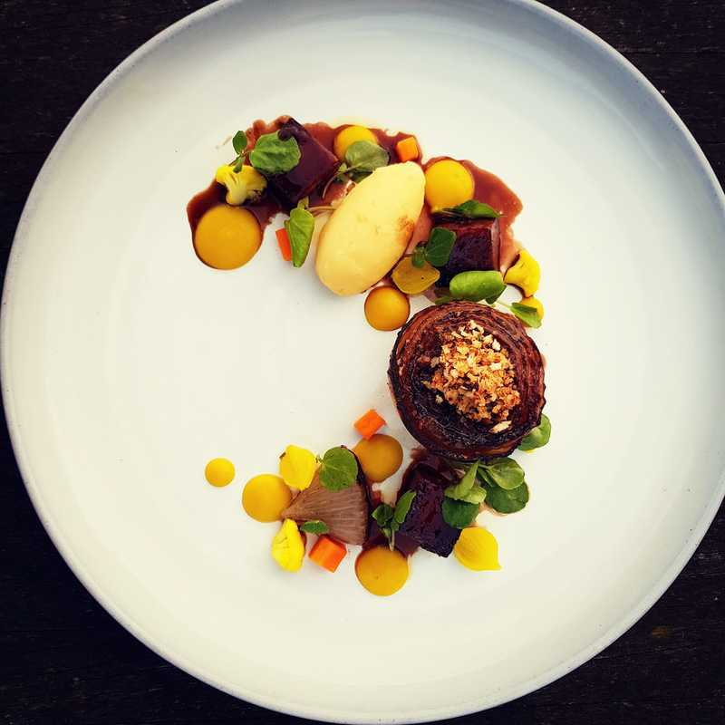 A very Beefy Onion, braised Featherblade, smoked mash, piccalilli and watercress by chef Ben Pope,  food pics, top chefs to follow on Instagram