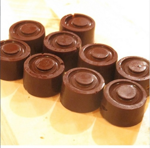 eat naked choc cups