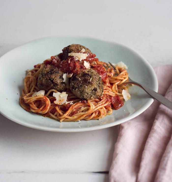 Aubergine and quinoa 'meatballs'